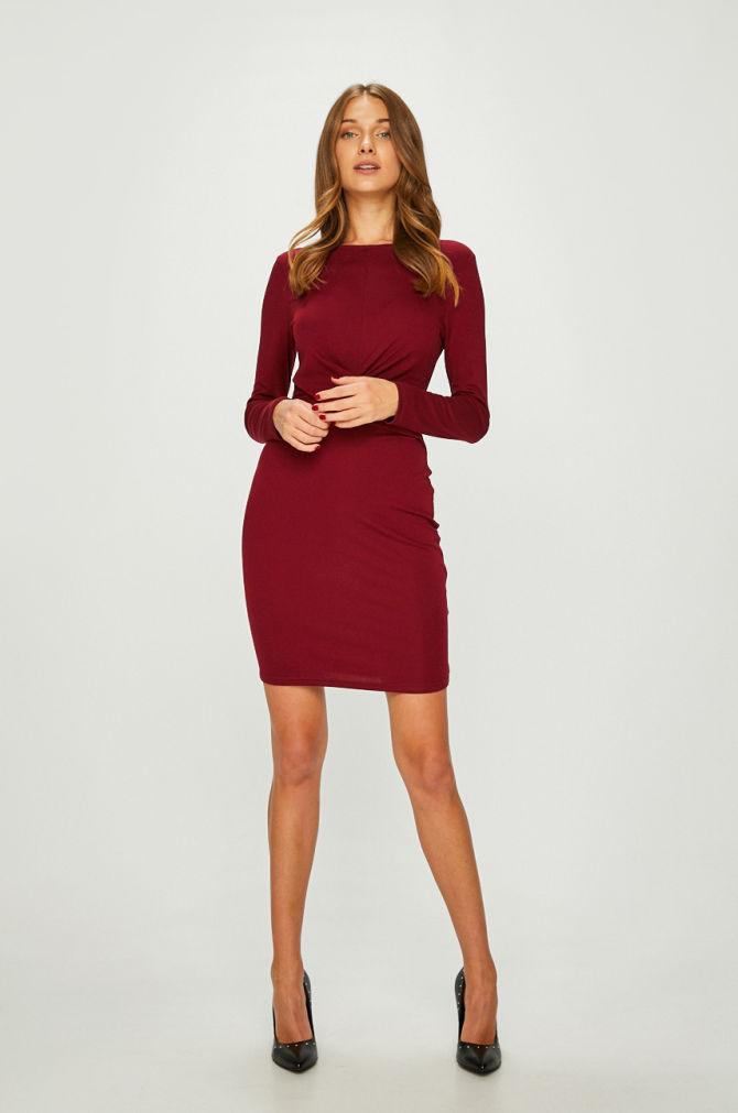 Rochie Answear model drept din tricot