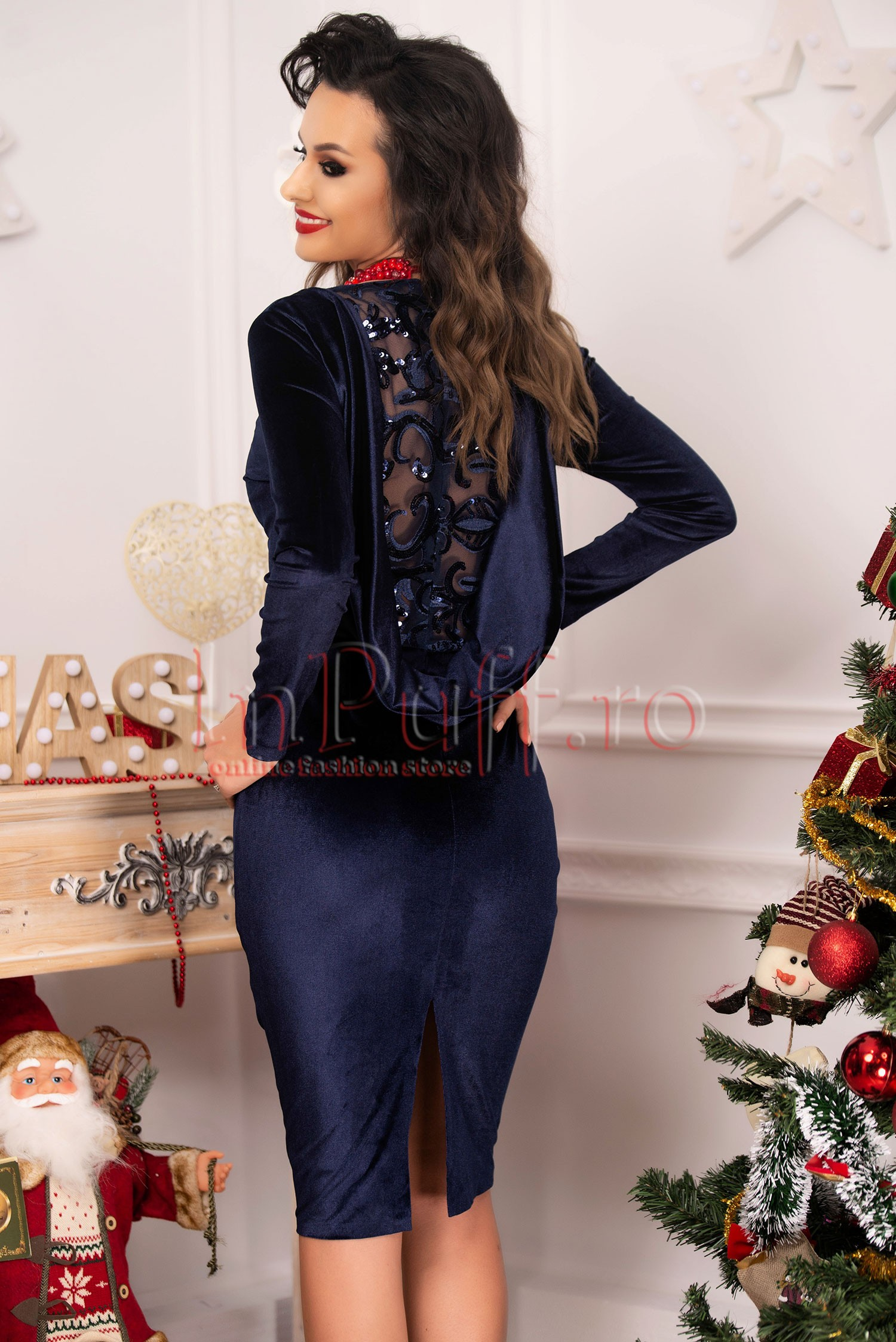 Rochie bleumarin eleganta cu spate transparent si paiete
